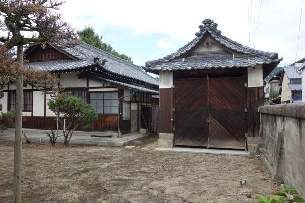 賀茂神社の御船庫の写真
